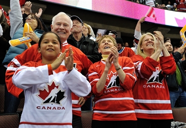 Governor General loves hockey