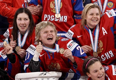 Russians take bronze